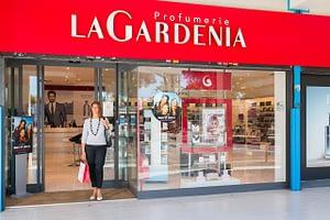 Le Rughe Centro Commerciale - La Gardenia