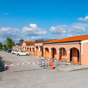 Autohotel Venezia esterno